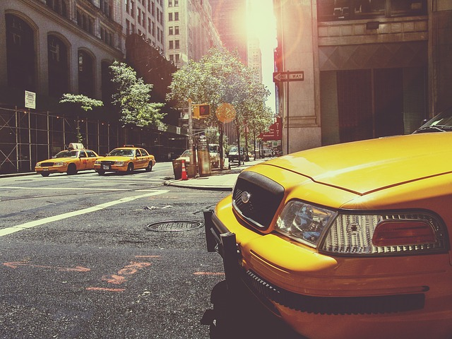 taxi v NY.jpg