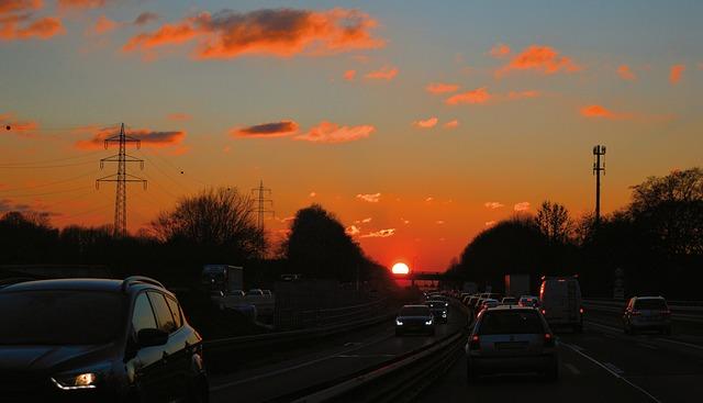 večerní jízda po dálnici